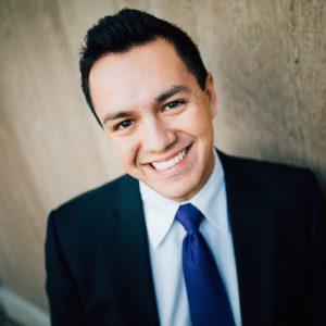 Dr. Gabriel Ponce